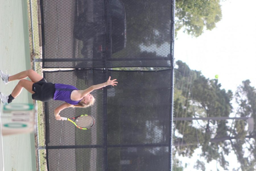 Tennis+team+sets+goals+for+upcoming+season