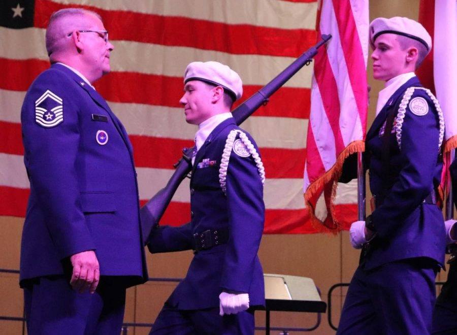 HONOR.+Before+the+Veteran+Day+concert+in+2019%2C+SMSgt+Christopher+Bell+instructs+cadets.+Bell+was+named+Region+3+Aerospace+Science+Instructor.+