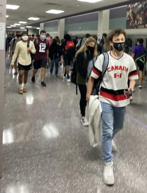 MORE FACES. MORE MASKS.  According to school administration, around 400 remote students returned to campus at the start of the second nine weeks.