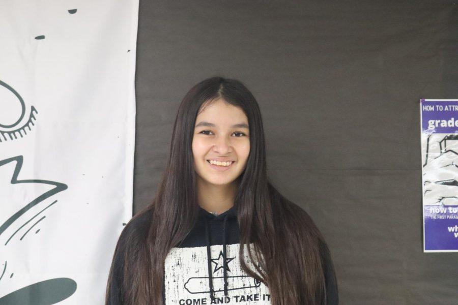 Lilliana Flores