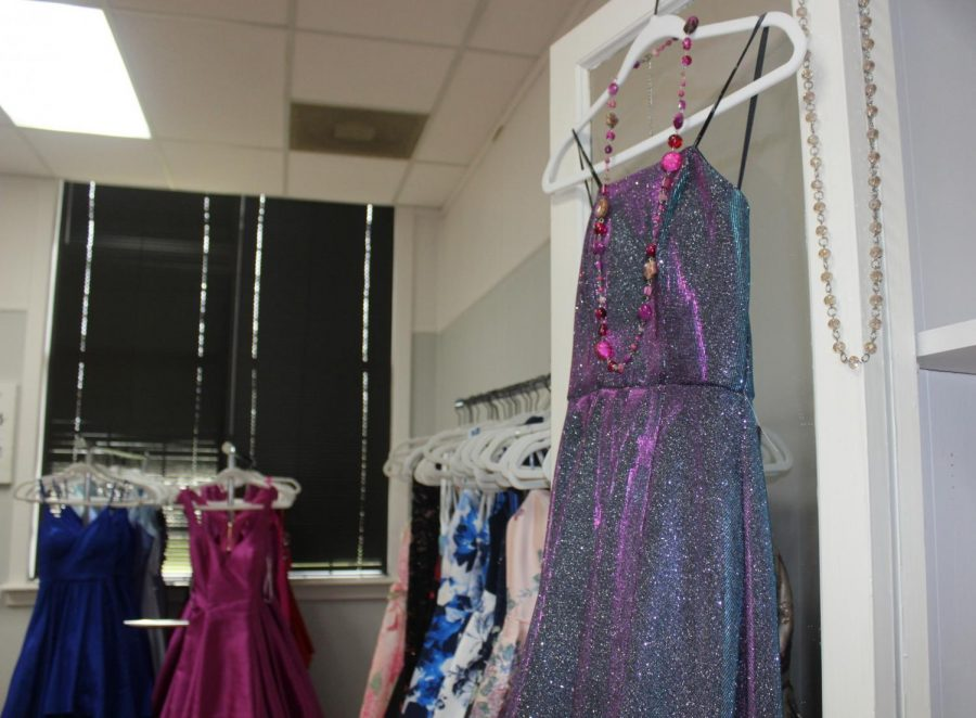PROM+PERFECT.+The+center+has+prom+dresses+for+students+planning+their+big+night+in+May.+To+schedule+an+appointment+for+a+prom+dress+call+936-443-2686.